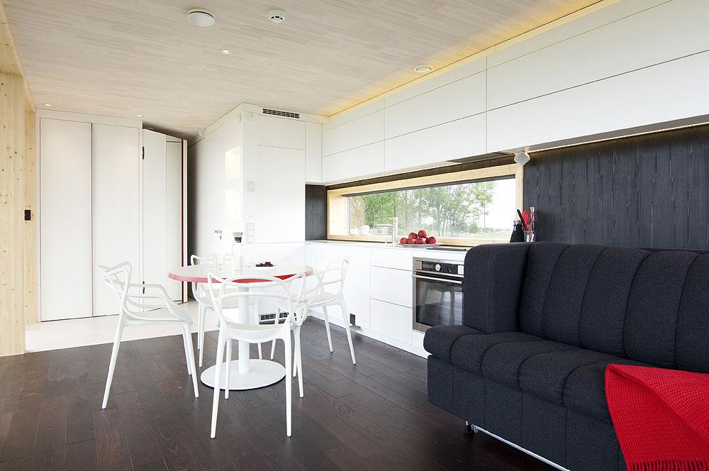 Интерьер кухни в чёрно-белом цвете