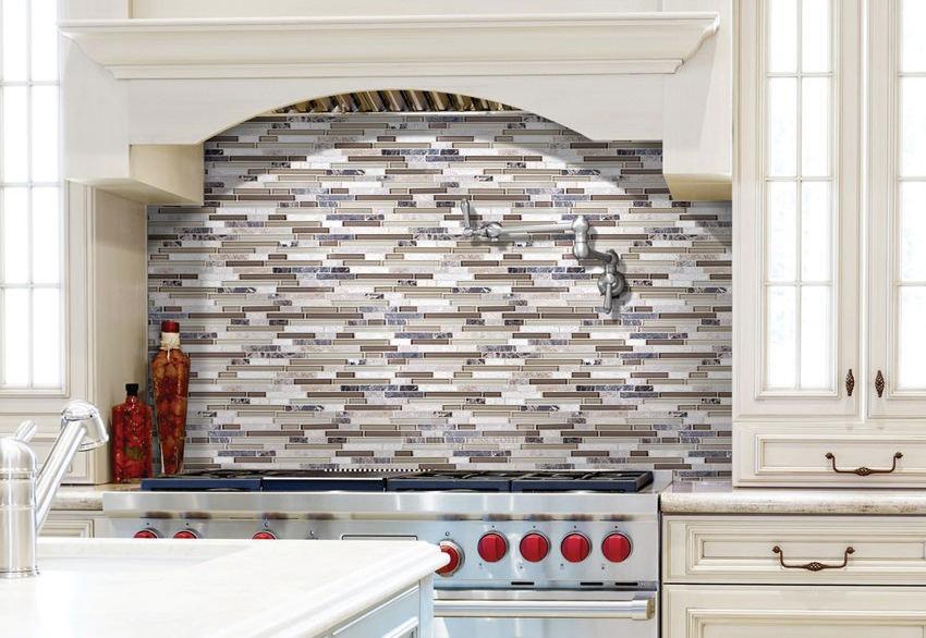 Шикарный кухонный фартук в интерьере кухни