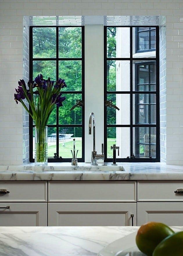 Мрамор в интерьере кухни. Фото 5