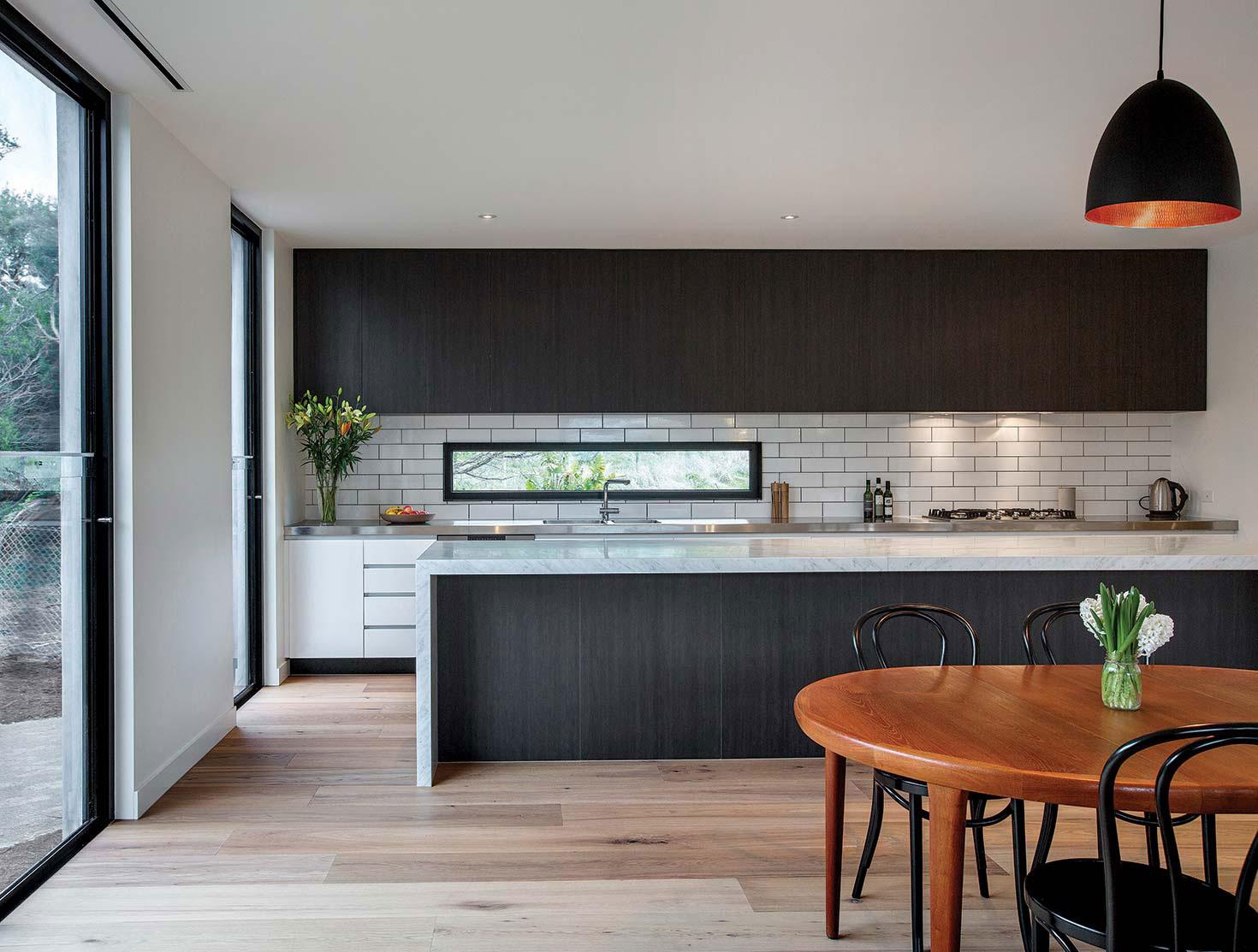Мраморные столешницы для интерьера кухни - Фото 10