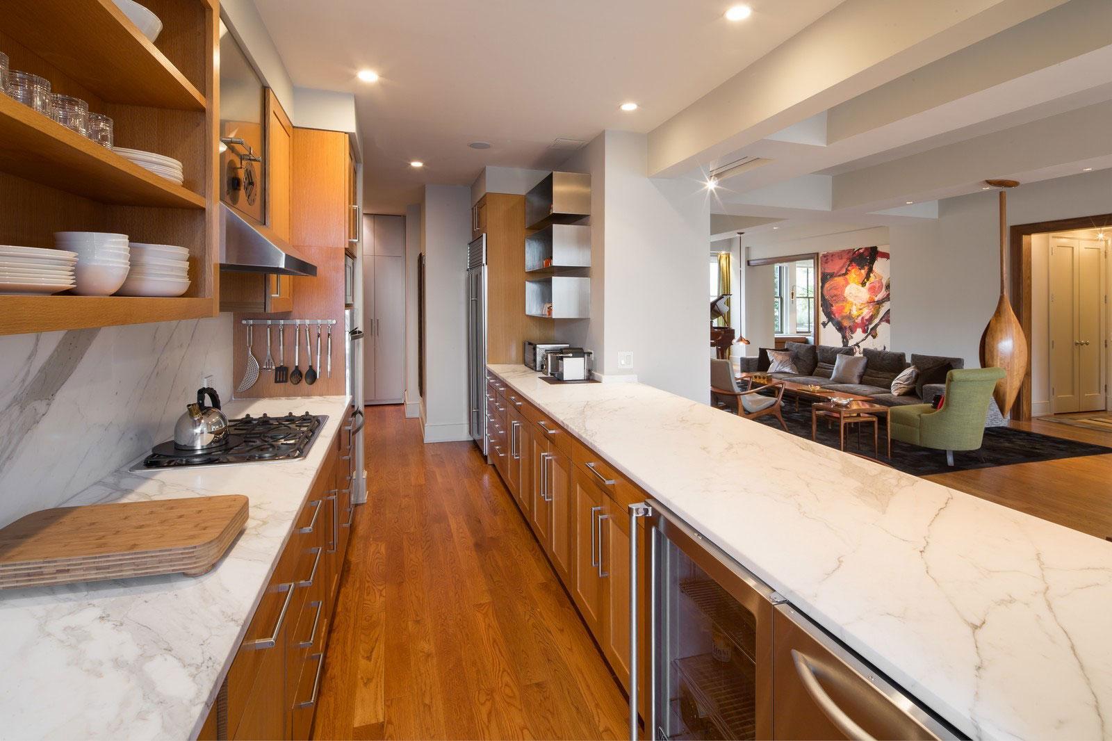 Мраморные столешницы для интерьера кухни - Фото 15