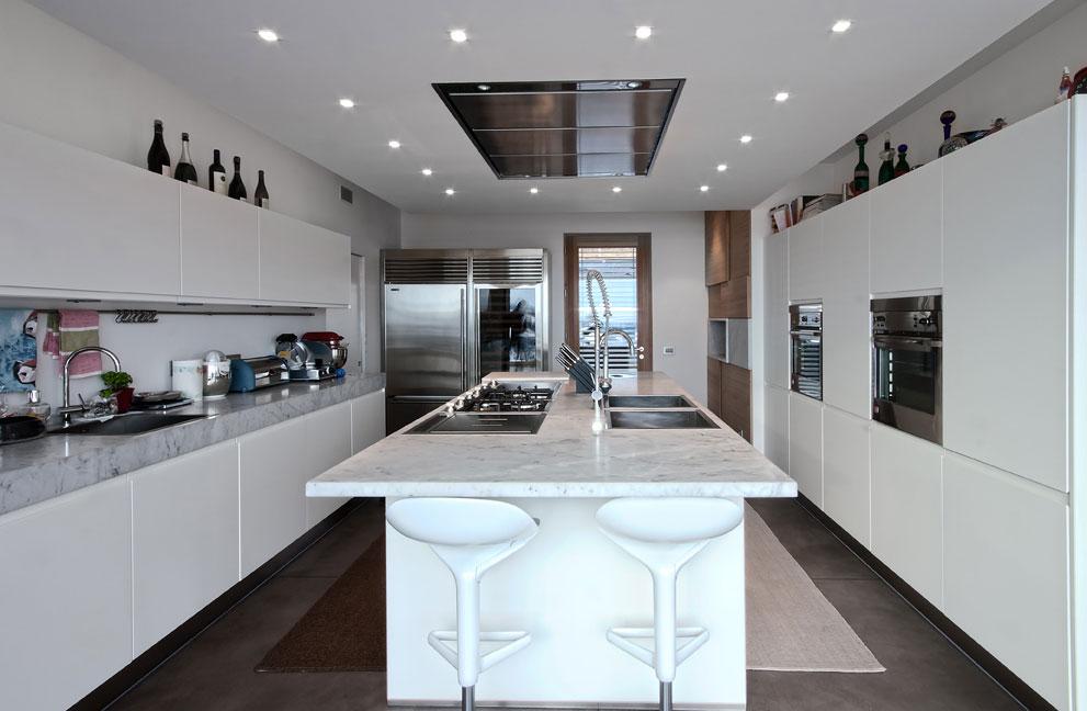 Мраморные столешницы для интерьера кухни - Фото 26
