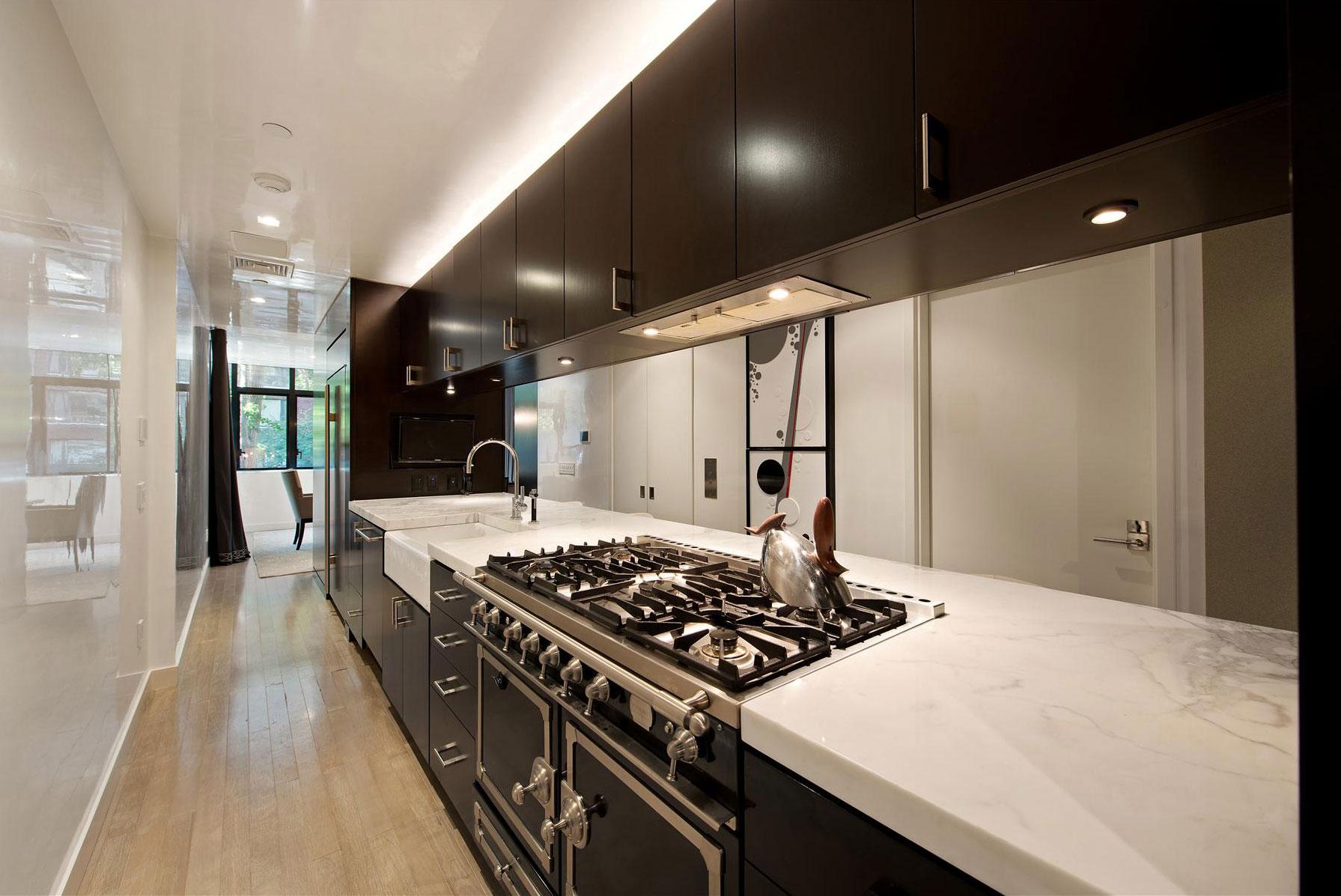 Мраморные столешницы для интерьера кухни - Фото 39