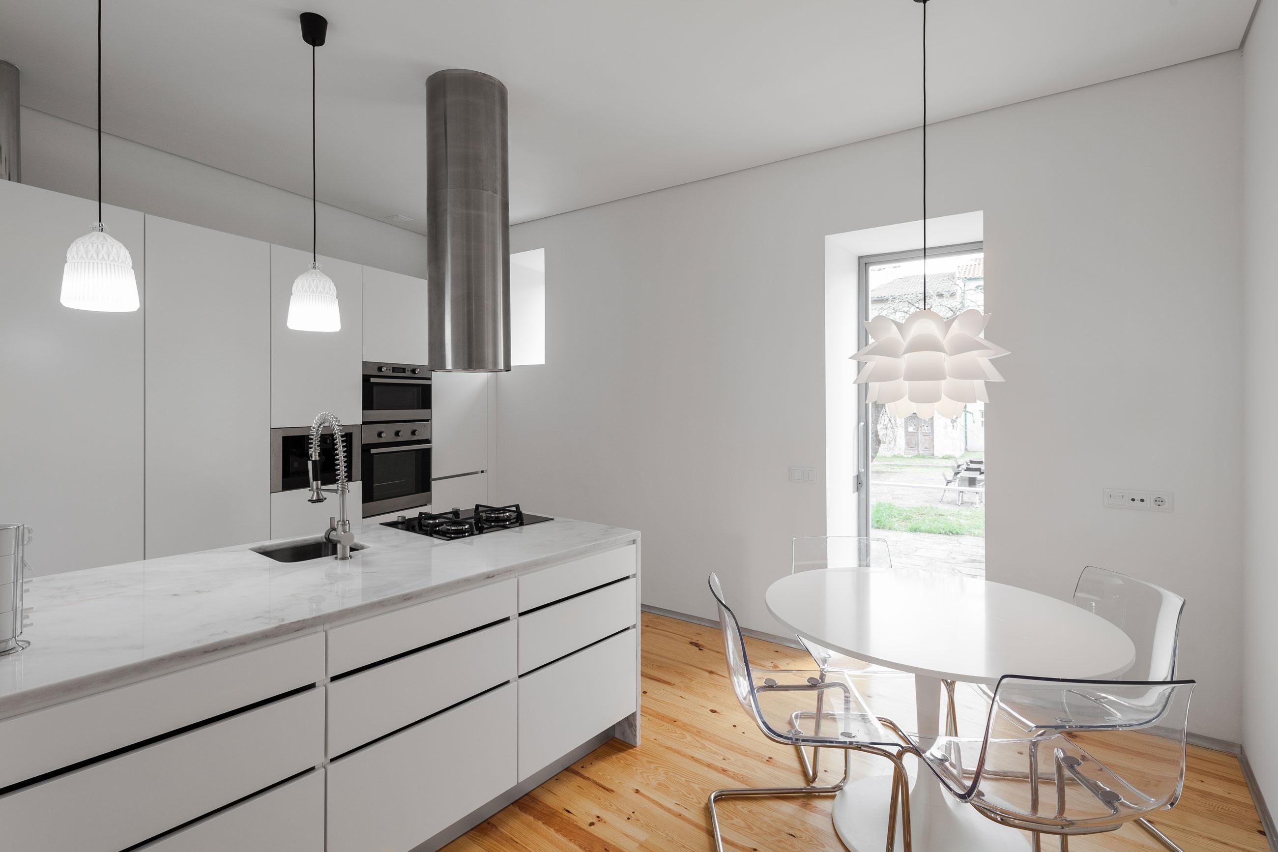 Мраморные столешницы для интерьера кухни - Фото 50