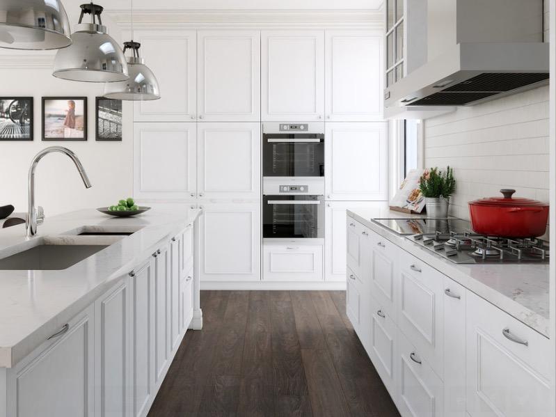 Интерьер кухни с покрытием пола из натурального дерева