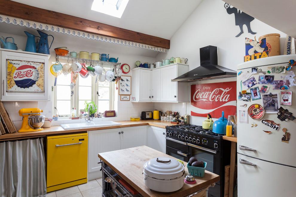 Яркие цвета в дизайне кухни