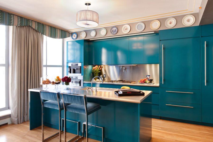 Кухонные шкафчики. Дизайн в различных цветах и стилях: очарование сельского домика