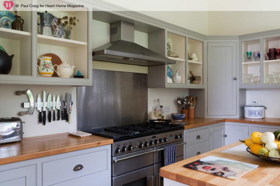 Кухонные шкафчики. Дизайн в различных цветах и стилях. Фото 17
