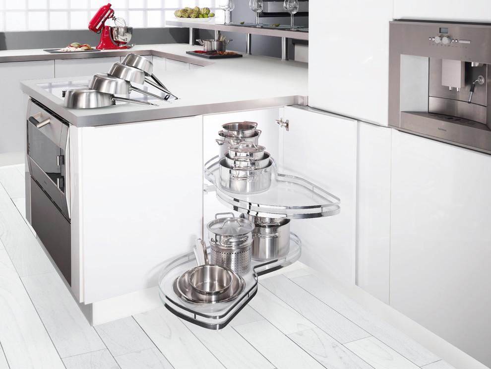 Выдвижные системы для кухонных шкафов
