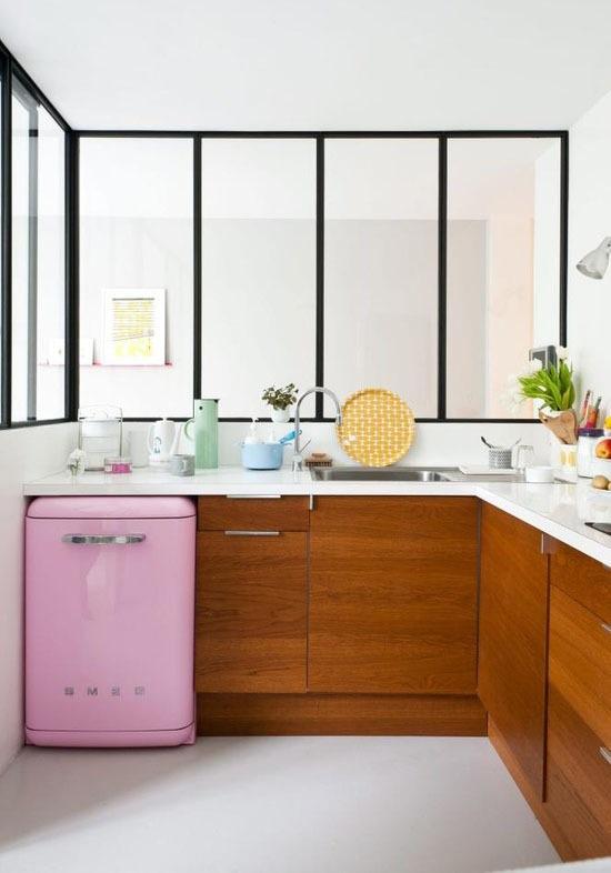 Кухни тренды: похоже, ламинат возвращается, если только вместо него не выбрать древесину