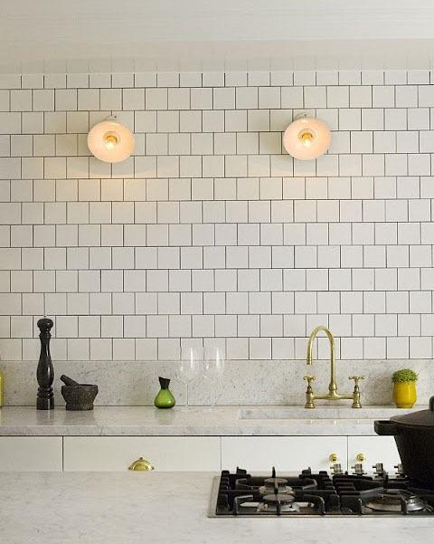 Кухни тренды: полярность мрамора и керамики