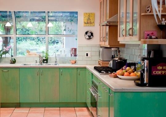 Кухни тренды: спокойная естественная палитра