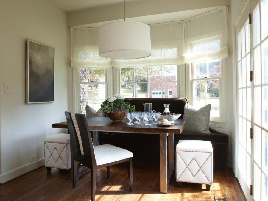 Обеденное место на кухне с эркером - уютный гарнитур. Фото 12