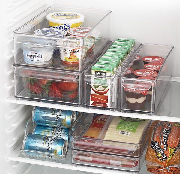 Пластиковые контейнеры для хранения продуктов в холодильнике