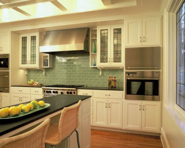 Современный кухонный гарнитур от Rebekah Zaveloff | KitchenLab