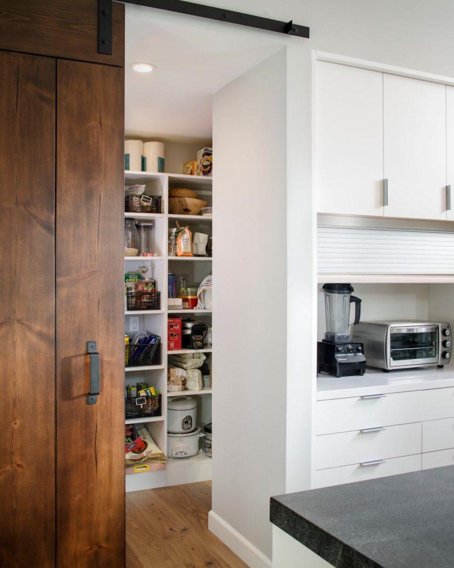 Хранение на кухне - дерево в интерьере