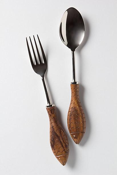 Столовые приборы с деревянными ручками в виде рыб