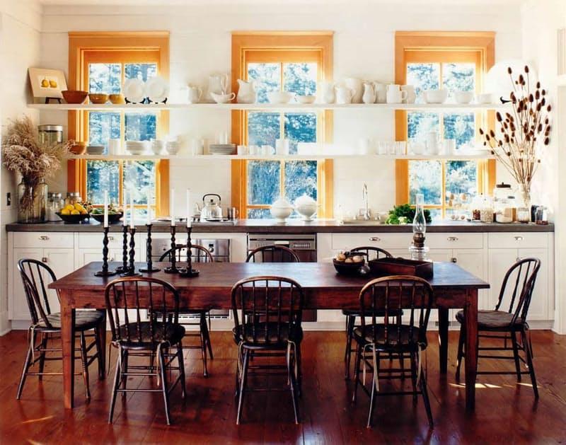 Открытые полки на кухне. Гармоничное оформление