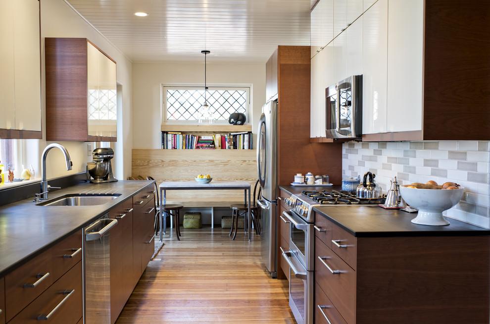 Стильный дизайн интерьера кухни после ремонта