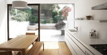 Оригинальная перепланировка кухни - смелое решение английских архитекторов