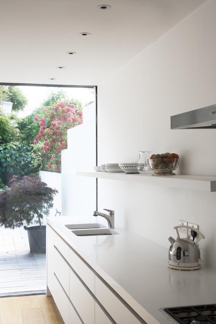Перепланировка кухни - панорамные окна в интерьере