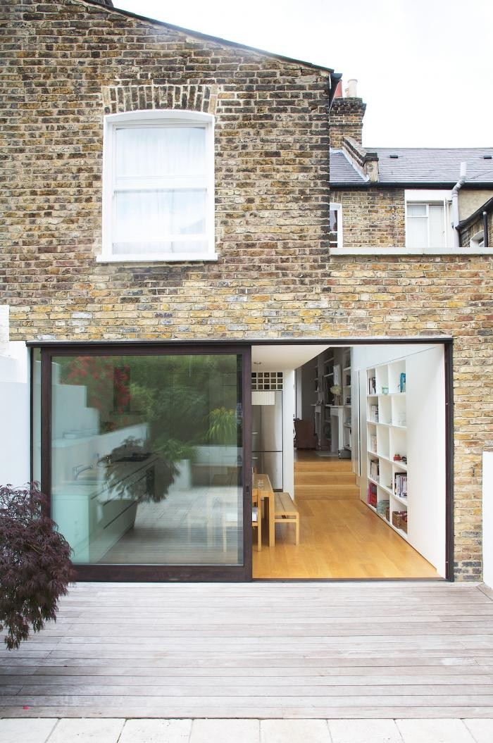 Перепланировка кухни - раздвижные стеклянные двери