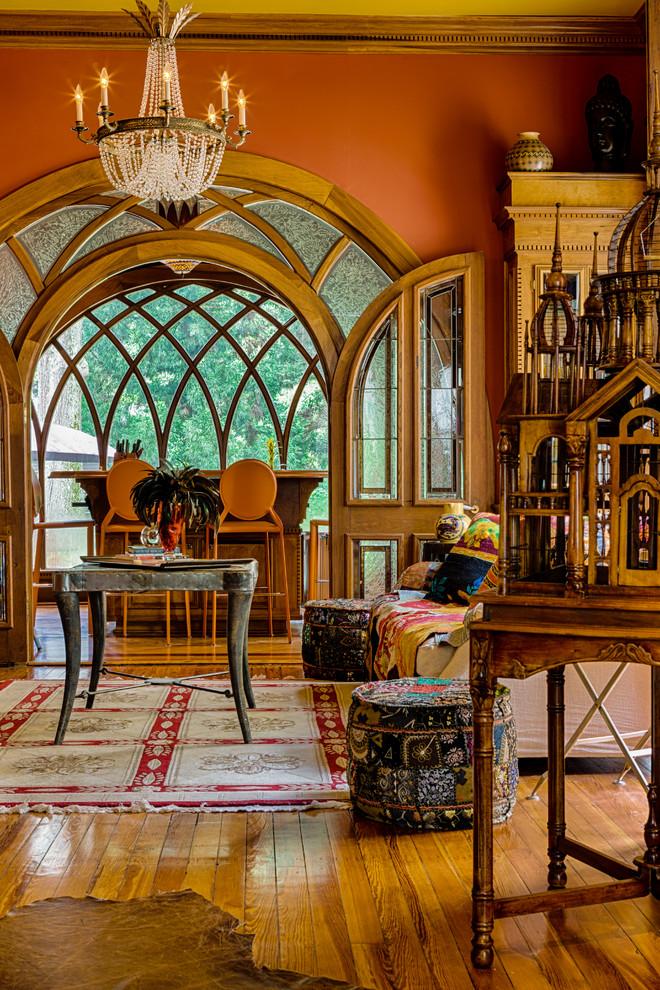 Уникальная старинная мебель в интерьере