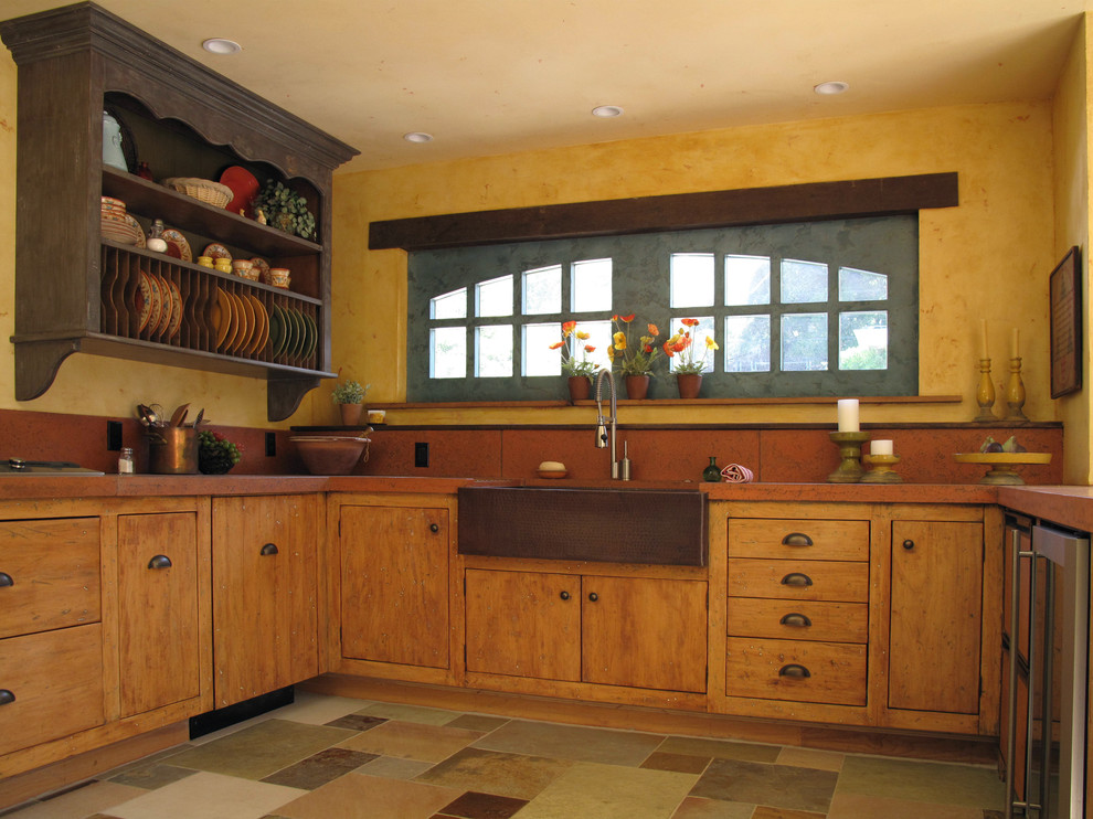 Дизайн-идея расположения сушилки для тарелок в интерьере кухни от Fitzgerald Studio