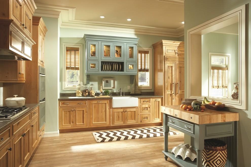 Дизайн-идея расположения сушилки для тарелок в интерьере кухни от Paul Anater