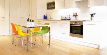 Если планировка кухни — линейная: 10 способов совершенствования дизайна