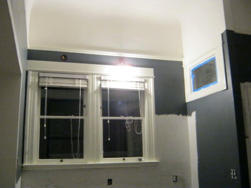 Подбор цвета для кухни: покраска стен в тёмно серый цвет