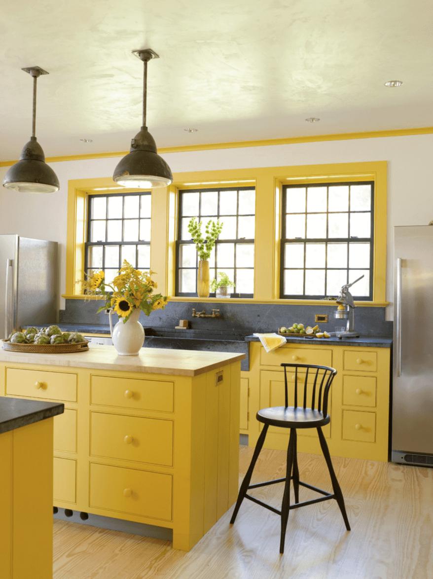Сочетание желтого и серого в интерьере кухни