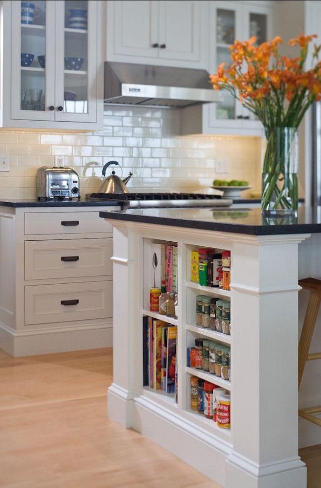 Полки на кухне, встроенные в остров - фото 2