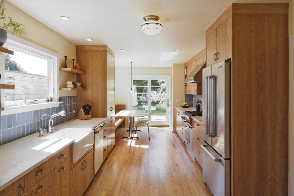 Стильный дизайн интерьера кухни от Howells Architecture + Design, LLC