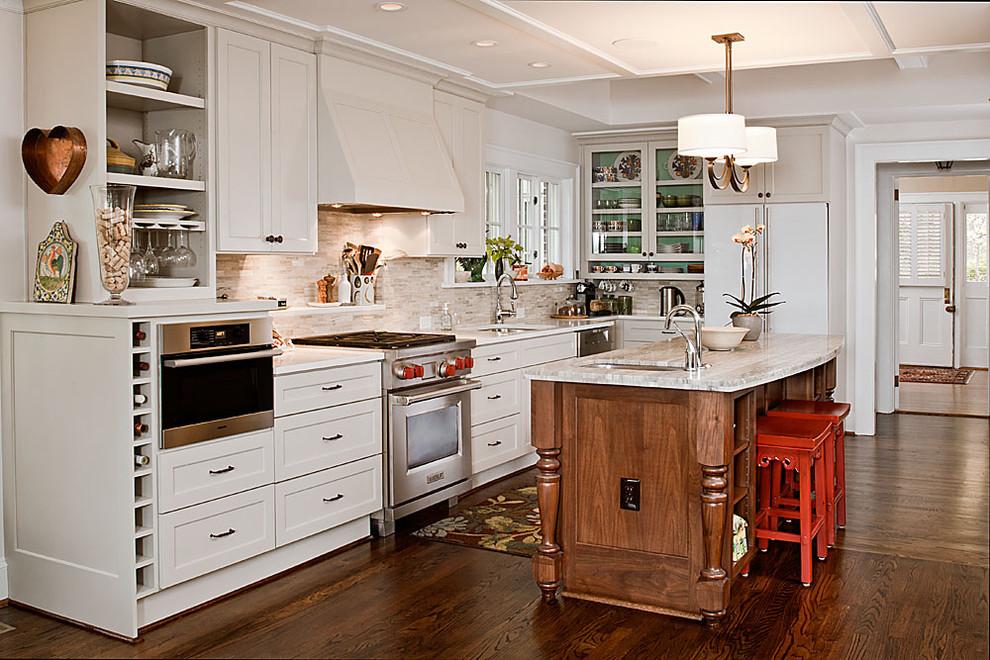 Стильный дизайн интерьера кухни от Renewal Design-Build