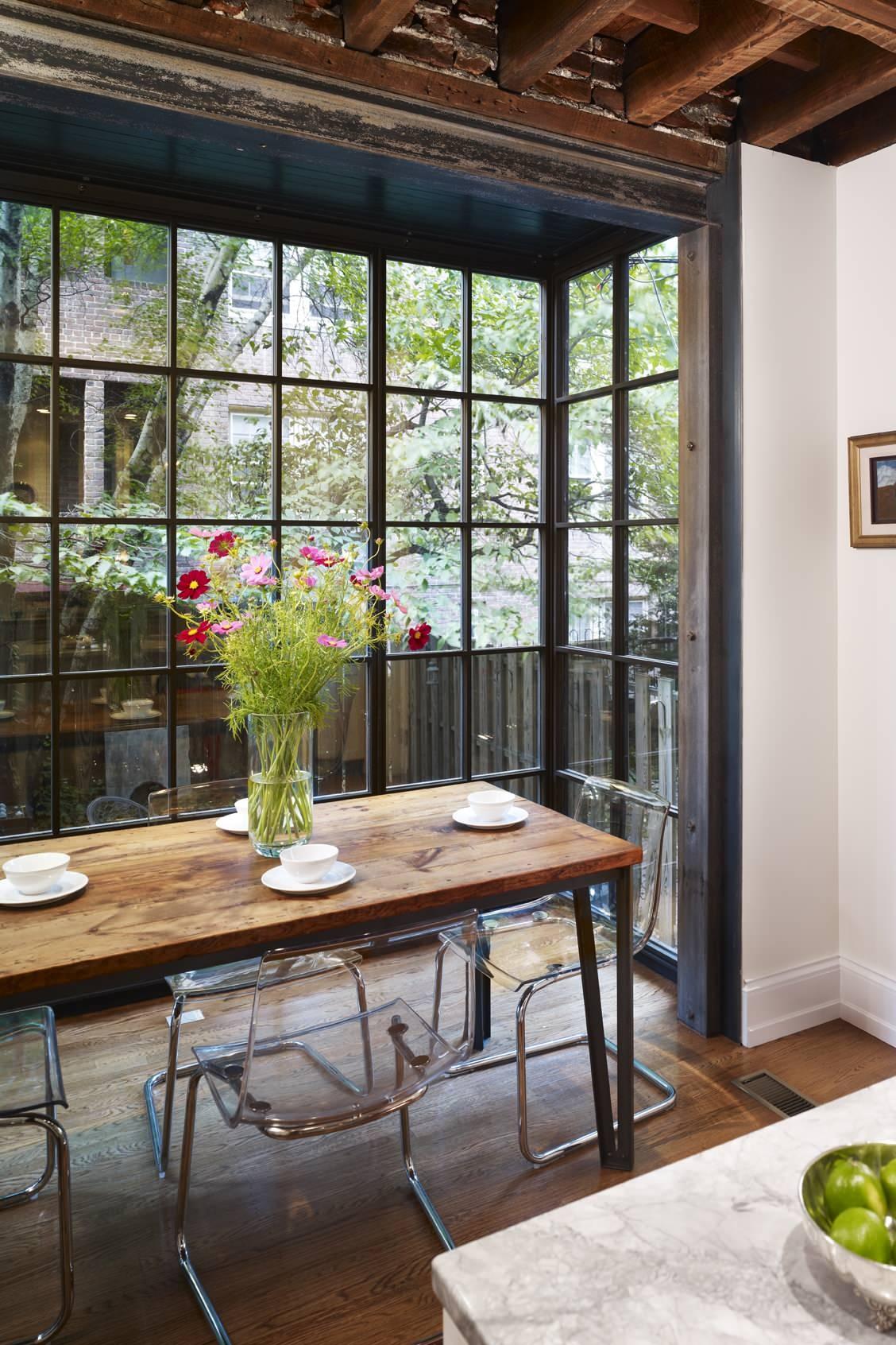 Стильный дизайн интерьера кухни от Hanson General Contracting, Inc.