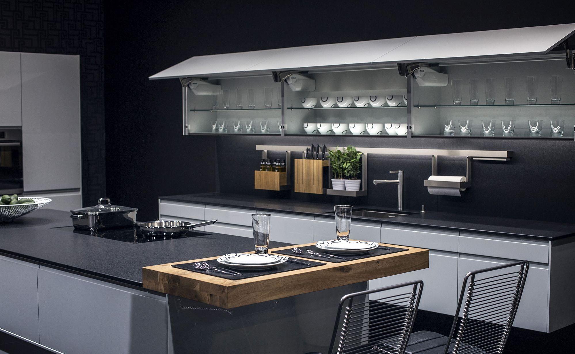 Стильный дизайн чёрно-серой кухни - фото 8