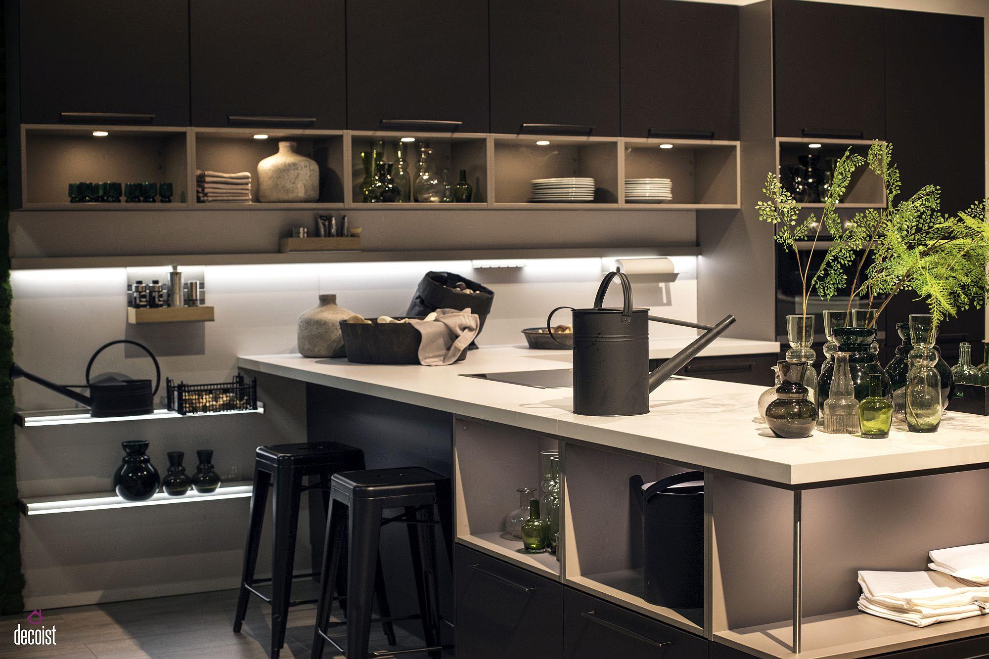 Стильный дизайн чёрно-серой кухни - фото 11