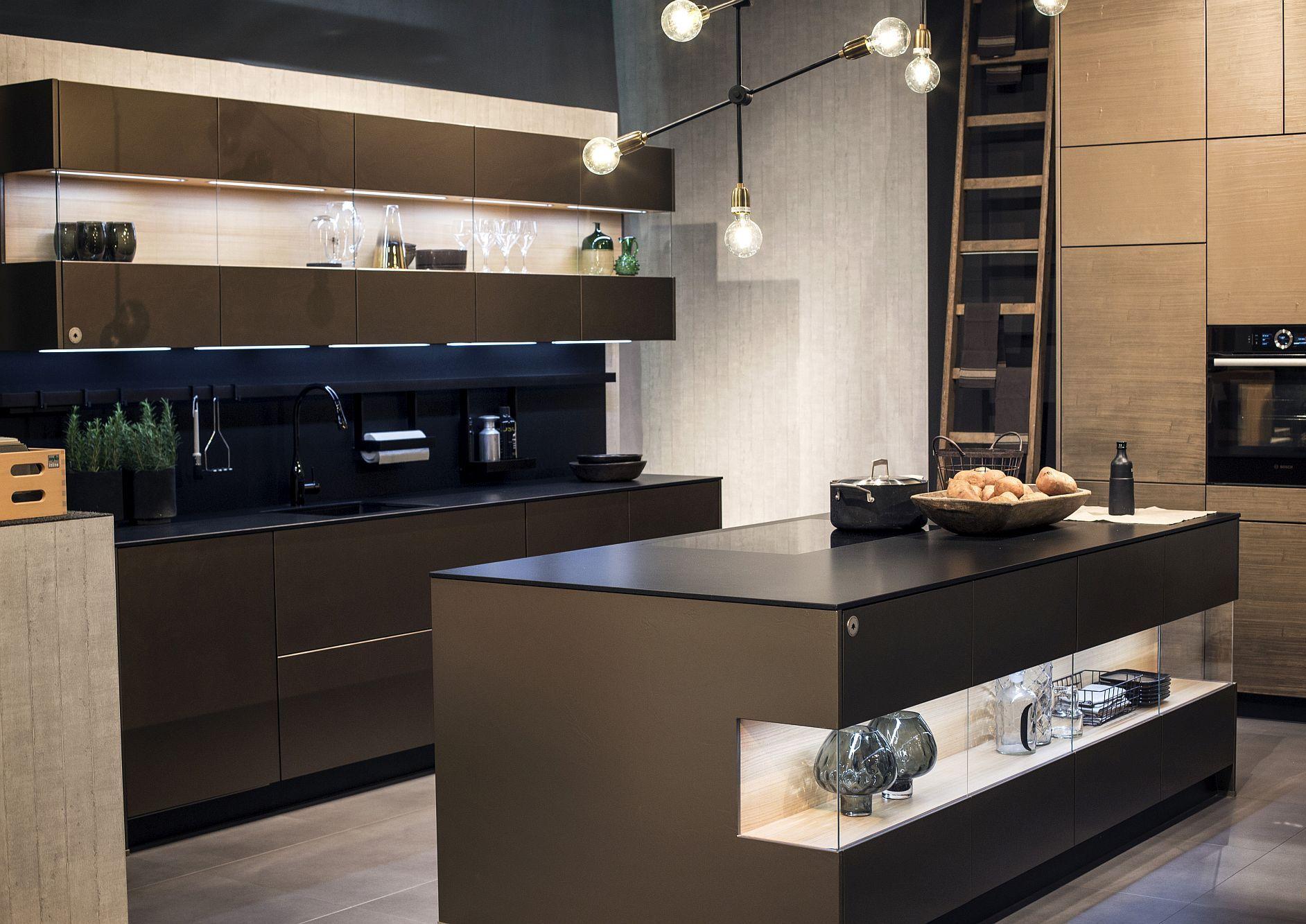 Стильный дизайн чёрно-серой кухни - фото 18