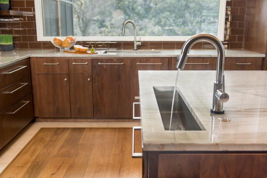 Оригинальный дизайн раковин для кухни - две раковины