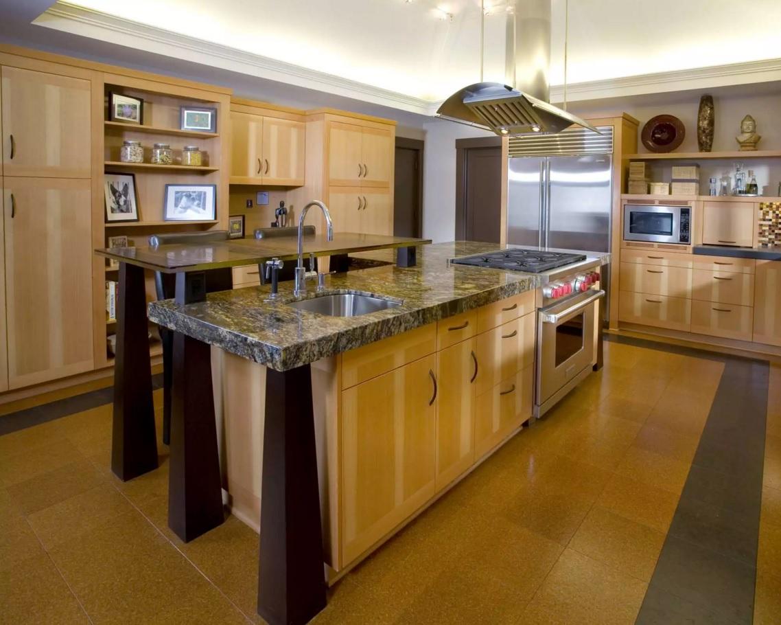 Пробковый пол – идеальное напольное покрытие для кухни