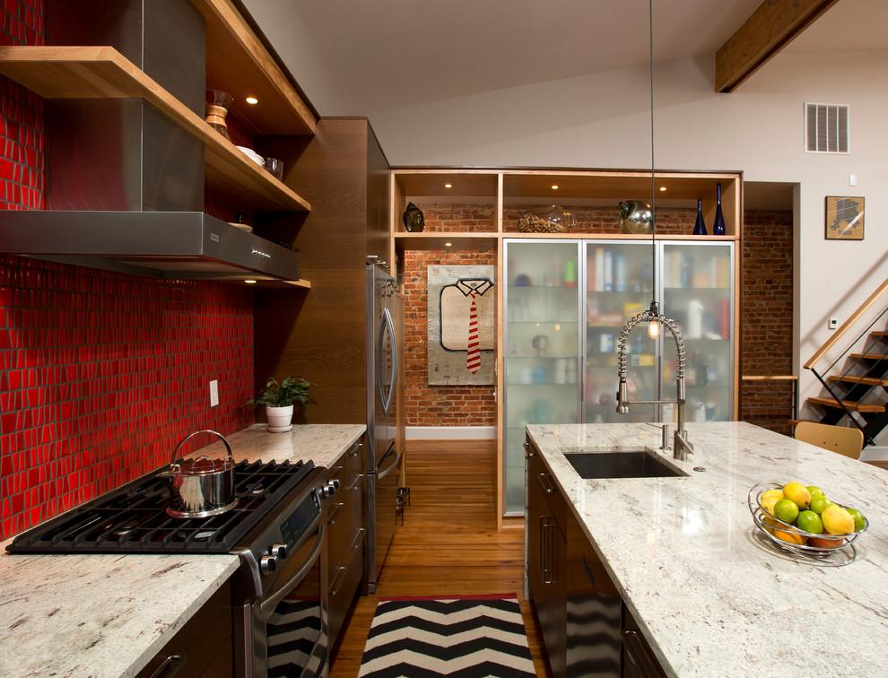 Красный кухонный фартук - фото 11