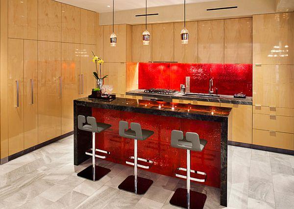 Дизайн интерьера кухни в красных оттенках