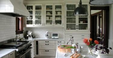 Оригинальноформление кухонной столешницы от Rebekah Zaveloff | KitchenLab