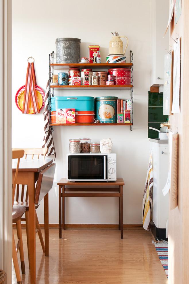 Ретро-дизайн интерьера кухни от Hilda Grahnat