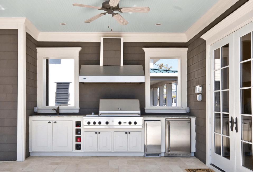 Роскошный дизайн кухни на открытом воздухе