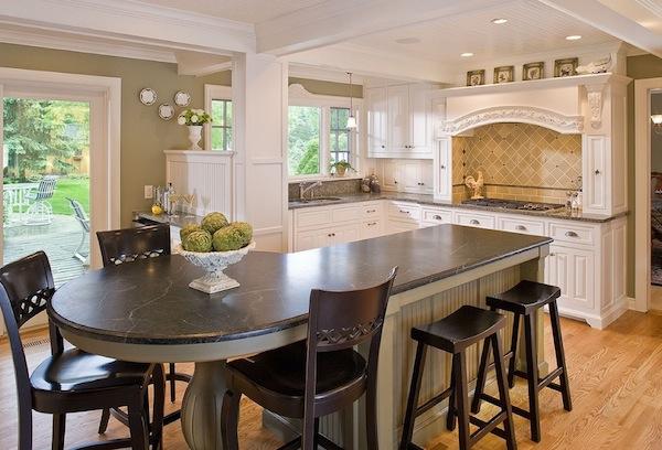 Дизайн интерьера кухни-столовой от The Woodshop of Avon