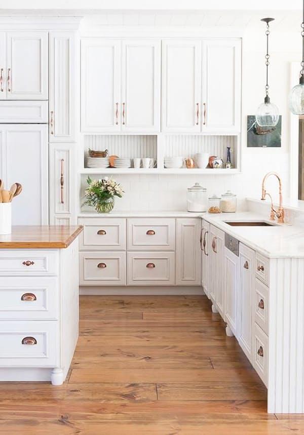 Медные мебельные ручки кухни, дизайн Melissa DiRenzo