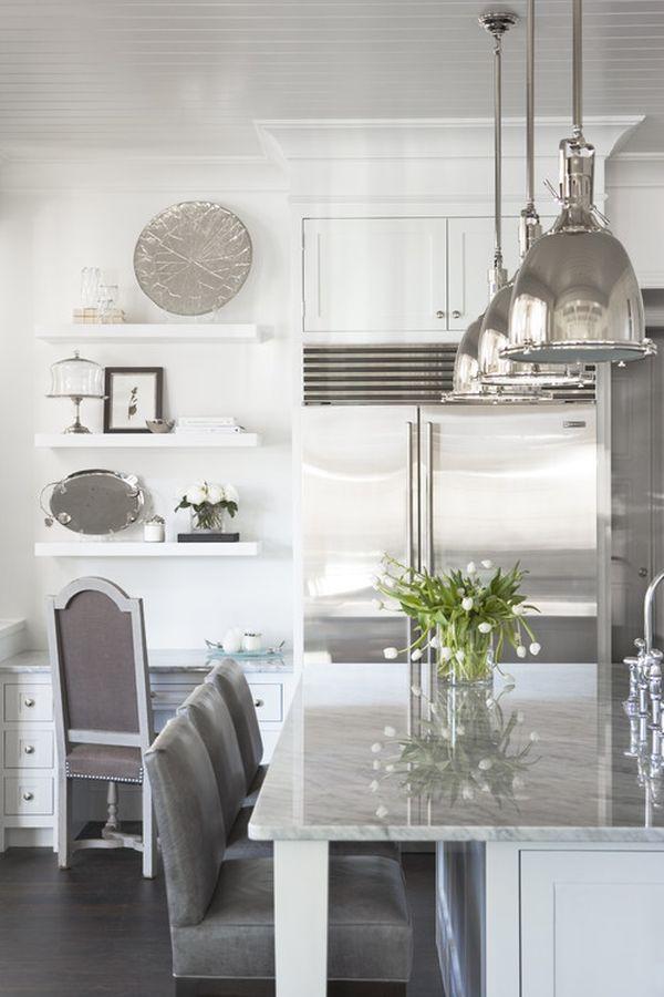 Интерьер кухни в серебристых тонах