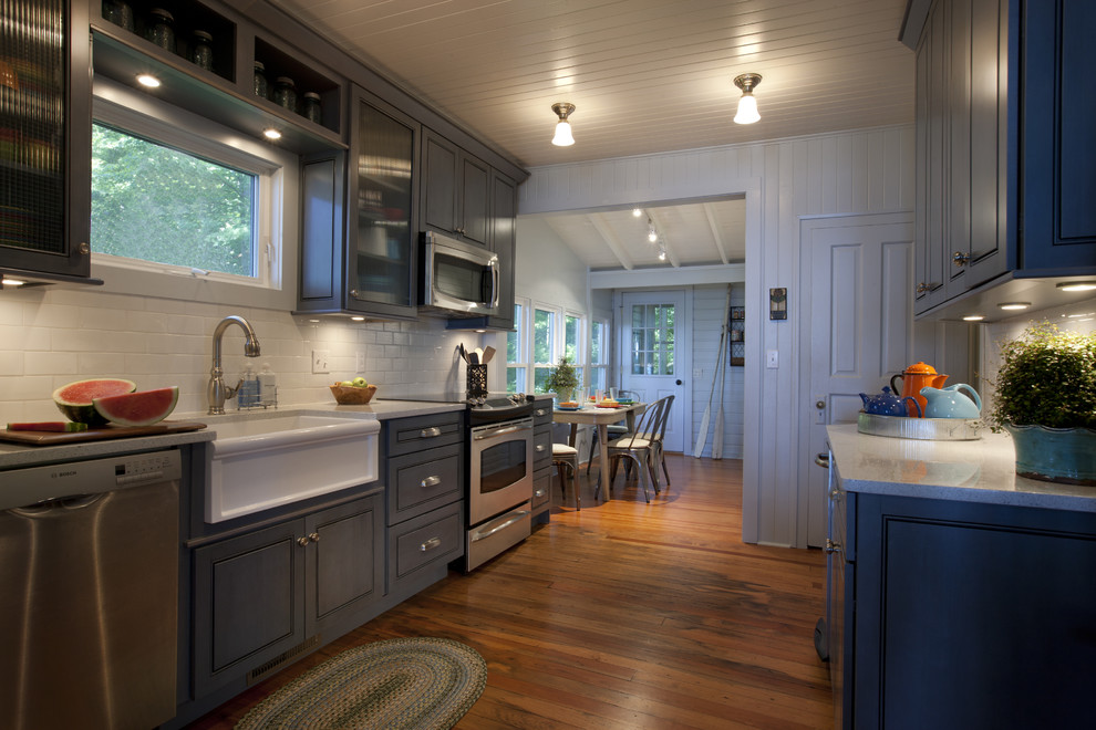 Современная стилизованная кухня